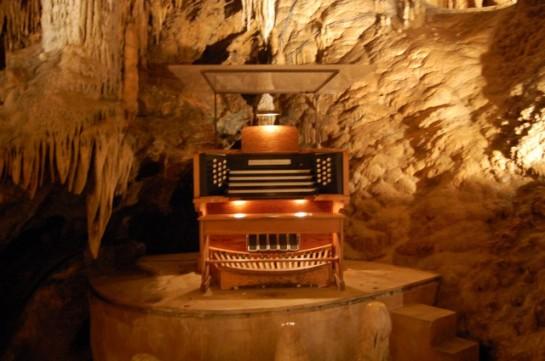 Great Stalacpipe Organ